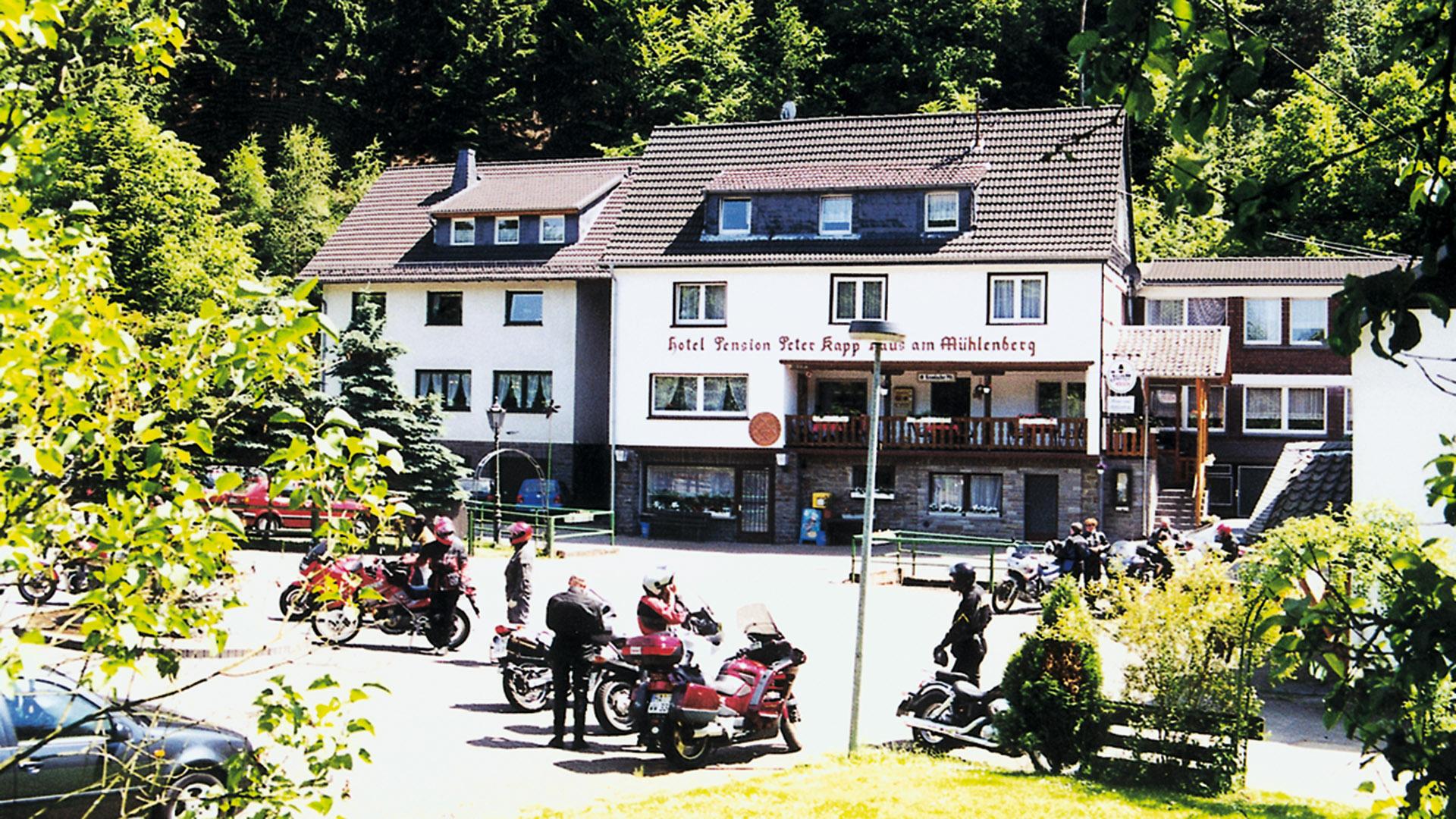 tourenfahrer hotels hotel restaurant haus am m hlenberg bergisches land deutschland. Black Bedroom Furniture Sets. Home Design Ideas