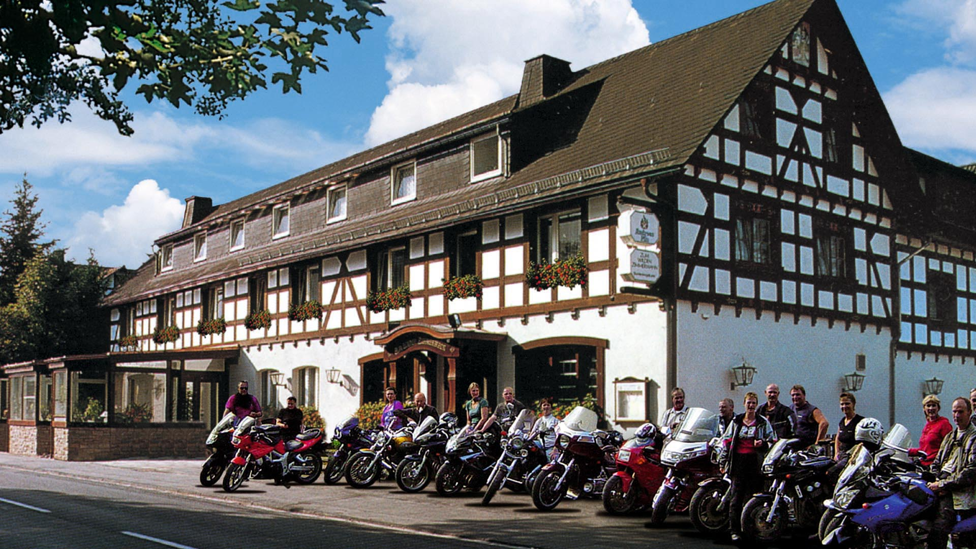 Landgasthaus zum wilden zimmermann for Appoggiarsi all aggiunta al garage