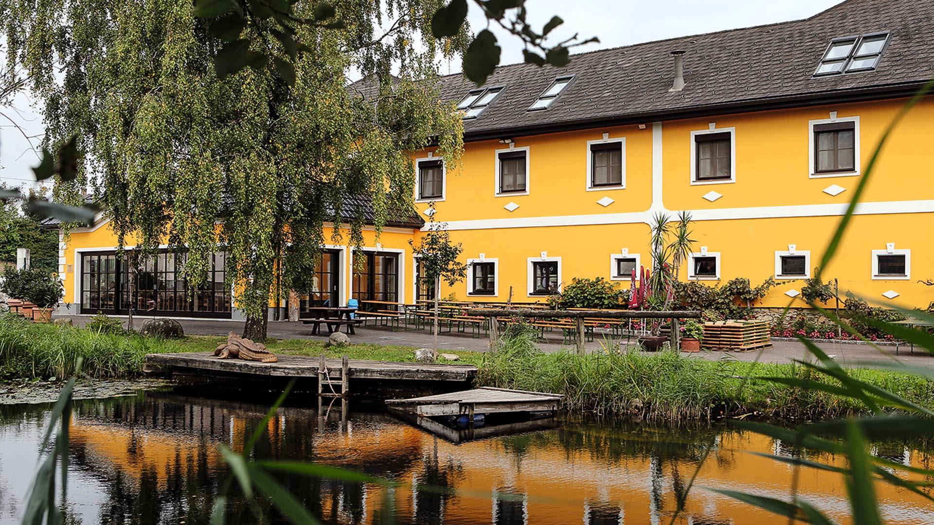Perbersdorfer Heuriger - Hotel